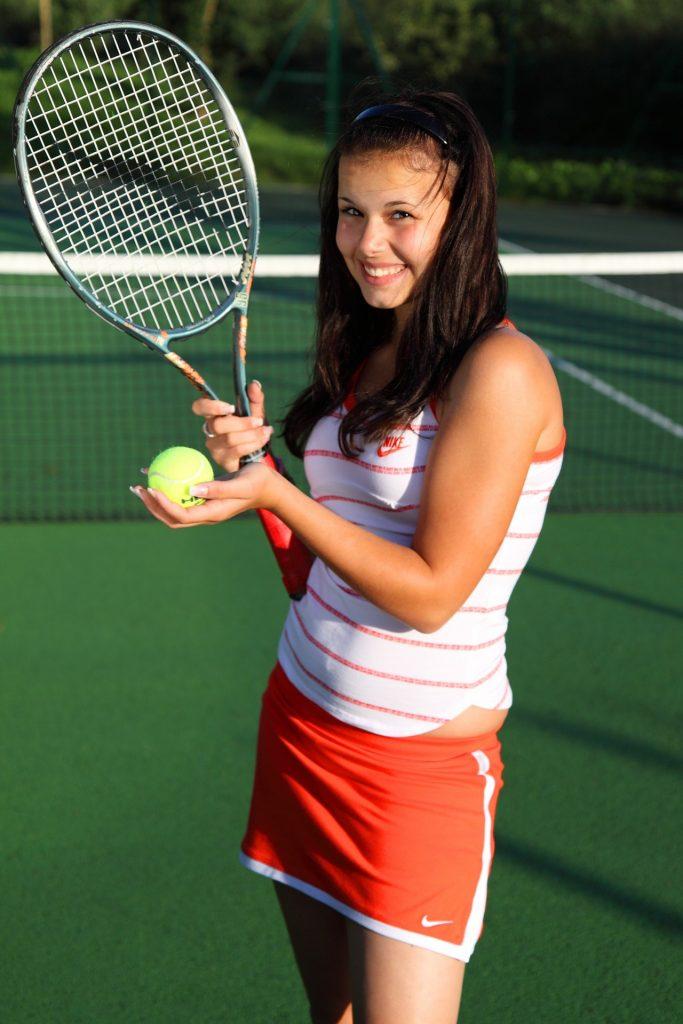 テニス 女性 写真